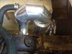 Hino-EH700-220-HP-wet-exhaust-riser